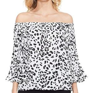 Vince Camuto Off the Shoulder Leopard Print Top